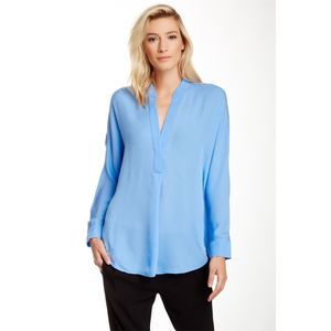 Vince silk v-neck half placket top blue medium